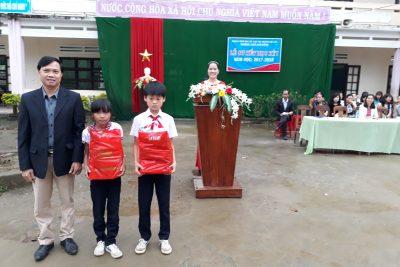 TRƯỜNG THCS KIM ĐỒNG TỔ CHỨC LỄ SƠ KẾT HỌC KÌ I-Năm học 2017-2018